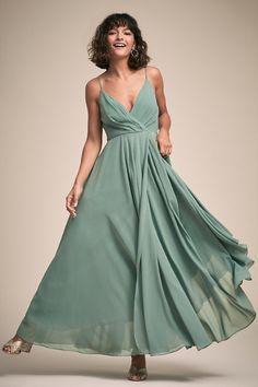 31594b1a410f 88 Best dresses images in 2019   Dress skirt, Dress backs, Moda femenina