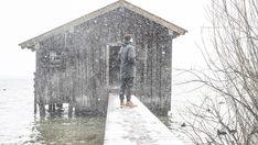 (1) Wasserabweisende Bio-Baumwolljacke - JECKYBENG Snow Mountain, Cotton Jacket, Weaving Techniques, Timeless Fashion, Surfing, Ocean, Deep, Water, Surf