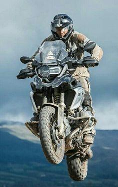 Trail Motorcycle, Enduro Motorcycle, Motorcycle Travel, Motorcycle Garage, Motorcycle Style, Street Motorcycles, American Motorcycles, Cars And Motorcycles, Gs 1200 Adventure