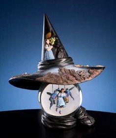 Amazon.com: Wizard of Oz - Wicked Witch Hat - Water Globe: Home & Kitchen