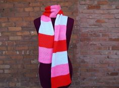 sweet candy knit scarf in pink red and white  a nice present for yourself or sweet heart littlefishink.com // crocheted& knitted& sewed& crafted.