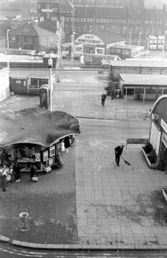 Threpeney Bit Kiosk on Pond Street Sheffield Pubs, Sheffield England, Environmental Graphic Design, Environmental Graphics, South Yorkshire, Exhibition Display, Bus Station, Signage Design, Local History