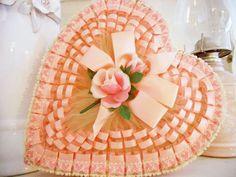<3 pink vintage valentine box