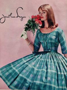 Dolores Hawkins in lovely full-skirted dress of French knot cotton by Jeanne Carr for Jonathan Logan, Seventeen, February 1960 1960s Dresses, 1960s Outfits, Vintage Dresses 50s, Retro Dress, Vintage Skirt, Vintage Outfits, 1960s Fashion, Vintage Fashion, Look Retro