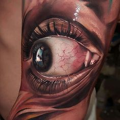 Every single day we are blown away by the photorealistic tattoos artists are creating. Here are just a few that blew our hair back.