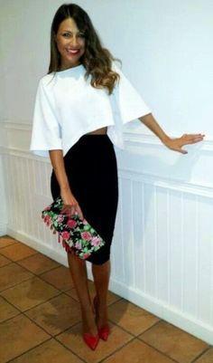 Black Pencil Skirt | White Asymmetrical Shirt | Red Heels | Red Pumps | Red Lips | Brunette