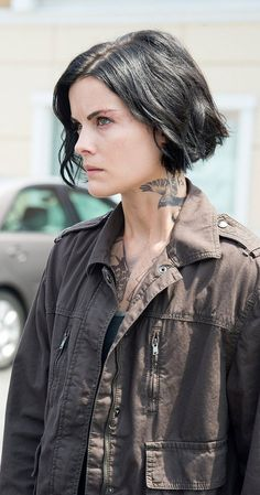 Blindspot (TV Series 2015– ) photos, including production stills, premiere photos and other event photos, publicity photos, behind-the-scenes, and more.