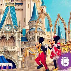 Hay un lugar mágico llueva truene o salga el sol. Soñamos?  Se acerca #Disney! #Enjoy15 #Transatlántica