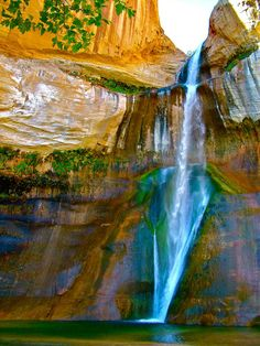 Calf Creek Falls - Grand Staircase - Escalante National Monument - Utah, USA I want to live here. All Nature, Amazing Nature, Beautiful Waterfalls, Beautiful Landscapes, Grande Cage D'escalier, Places To Travel, Places To See, Travel Destinations, Beautiful World