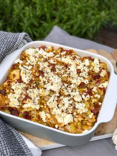 Aardappelpuree ovenschotel met prei, chorizo en feta Easy Salad Recipes, Chicken Salad Recipes, Sandwich Recipes, Chorizo, Sticky Chicken, Wok, Macaroni And Cheese, Risotto, Feta