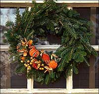 Wreaths, Garlands, Ropes, and Fruit : The Colonial Williamsburg Official History & Citizenship Site