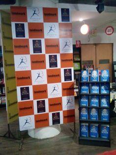 Samantha Shannon book signing session at Landmark Stores in New Delhi!