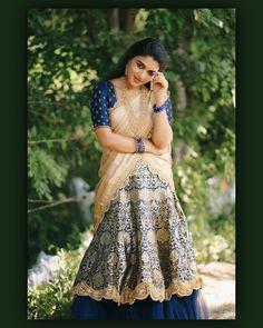 Indian Girl Bikini, Indian Girls, Beautiful Girl Indian, Beautiful Saree, Long Skirt And Top, Desi Girl Image, Long Dress Design, Half Saree Designs, Bollywood Actress Hot Photos
