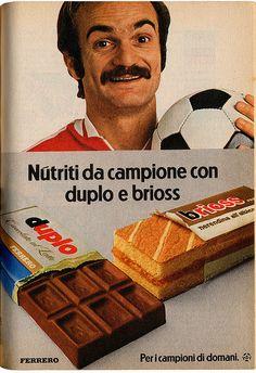 Duplo, Brioss e Sandro Mazzola Advertising Slogans, Old Advertisements, Advertising Poster, Vintage Italian Posters, Vintage Ads, Poster Vintage, Vintage Italy, Childhood Days, Retro Ads