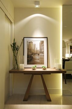 2019 has been a revelation year, full of novelties and new interior design ideas – the trendy console tables you're about to see share this line of thought with fresh elements and original features. New Interior Design, Contemporary Interior Design, Interior Design Inspiration, Interior Decorating, Design Ideas, Luxury Furniture, Furniture Design, Sweet Home, Modern Hallway
