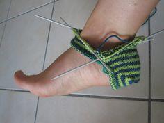Knitted Slippers, Slipper Socks, Crochet Slippers, Knit Crochet, Sock Leggings, Boot Toppers, Cool Hats, Knitted Shawls, Baby Booties