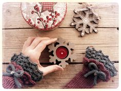 A warm fingerless gloves as a #christmasgiftideas for your lover!!!  Customizable on my etsy shop www.filinfilando.etsy.com