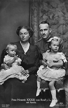 Prince Heinrich XXXIII Reuss and his wife Princess Viktoria Margarete (nee of Prussia), and their children, Heinrich (b. 1916) and Marie Luise (b. 1915). Picture taken 1917.