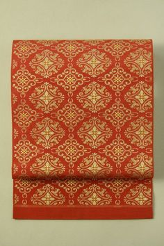 Red fukuro obi (zentsu) / 茜色地 華紋繋ぎ柄 全通袋帯 #Kimono #Japan http://global.rakuten.com/en/store/aiyama/
