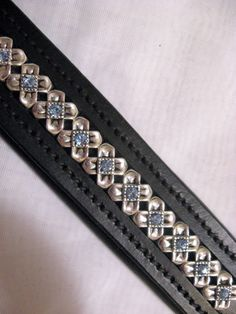 Love the light blue crystals in this browband!