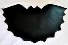 bat place mat for batman party.