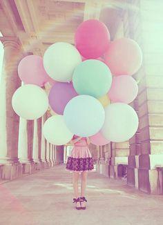 girl and balloons images | balloon-girl