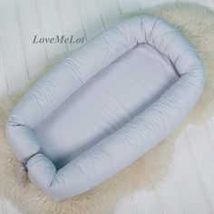 ★ ★ Your family sleeps well, because you use a babynest! ★ ★ ★  My newborn size nest is ready to ship, with removable cover and buckle closure.  This nest includes the COVER, MATTRESS and PADDED TUBE.  The outer nest side is surround with zipper, for EASY opening and to taking off the cover for WASHING.   Cozy BABYNEST specifications:  • Age: 0 + (up to about 9months, depending on your babies  length)  • SIZE: outer measurements, 17x28 7 /43x73cm, mattress is 11, 8x26/7, 30x68cm, sl...