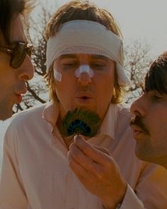 Adrien Brody, Owen Wilson and Jason Schwartzman in The Darjeeling Limited