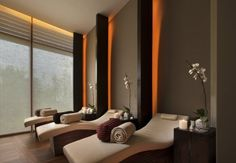 Auriga Spa - Relaxation Room Capella Singapore Hotel - like the light behind the partition