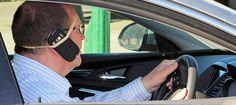 """Se """"una telefonata allunga la vita"""" lo smartphone in auto te l'accorcia"""