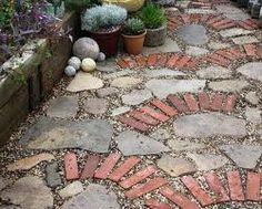 Paving pattern - old bricks and broken concrete. I have the old bricks and the broken concrete. Unique Gardens, Beautiful Gardens, Broken Concrete, Concrete Pavers, Concrete Stone, Jardin Decor, Paving Pattern, Recycled Brick, Recycled Garden