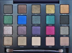 Scrangie: Urban Decay The Vice Palette Eyeshadow Palette Holiday 2012 Swatches and Review
