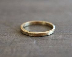 Dainty everyday jewelry with gems and crystals von PositivaJewelry Gold Rings, Gems, Crystals, Jewelry, Things To Do, Jewellery Making, Rhinestones, Jewelery, Jewel