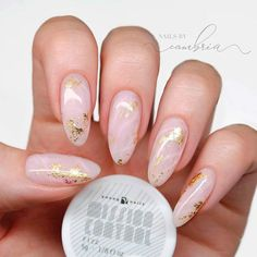 Rose Gold Quartz With Marble Technique❤ 35 Terrific Nude Nail Design Ideas You Can't Pass By ❤ See more ideas on our blog!!! #naildesignsjournal #nails #naildesigns Rose Quartz Nails, Rose Gold Nails, Nude Nails, Rose Gold Nail Design, Nails Design, Pink Quartz, Coffin Nails, Creative Nail Designs, Creative Nails