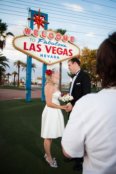 how to get married in vegas drive thru