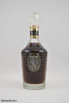 A.H. Riise Non Plus Ultra Rum 42% 0,7l