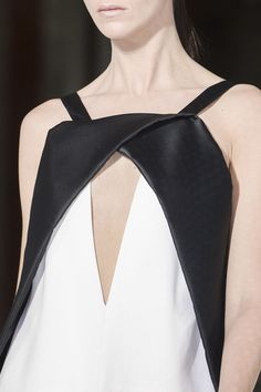 Line & Contrast - close up fashion details; black & white dress // Vionnet F/W13