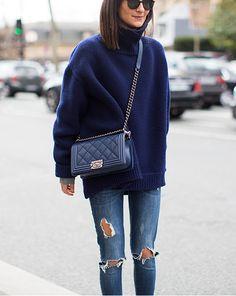 Blue bag Dior boyfriend, oversozed swearher