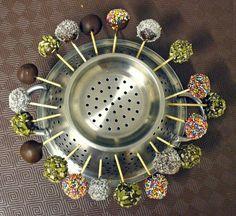 Use a colander to dry cakepops