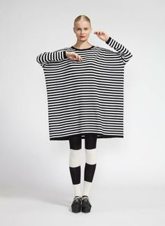 MOOLI - Marimekko clothes fall I the only one who thinks she looks like a piece of toast? Mein Style, Dress Sewing Patterns, Marimekko, Fall Outfits, Knitwear, What To Wear, Style Me, Fashion Design, Fashion Trends