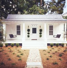 Poppytalk: Hotel Style | Restored Historic 1889 Cottage in SC