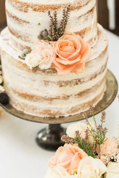 Die schönsten Hochzeitstorten und Trends für 2016 werden euch heute hier von Schnabulier vorgestellt! Mit jeder Menge Tipps zur Auswahl eures perfekten Kuchens