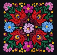 Hungarian embroidery - a beautiful Matyó design