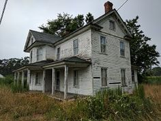 Abandoned Farm house untouched (lots of antiques and items from 1940s-1950s) - YouTube