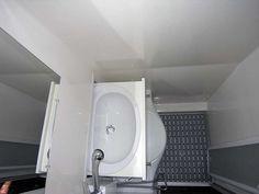 HRZ's photo of the Freedom bathroom