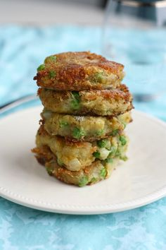 Spiced Samosa Patties - Delicious curried potato, onion, and pea patties that are lightly fried.