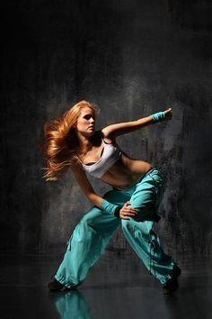 dance  www.mkmorissette.myvi.net/21ProfessionalBreakDancingPhotos_3B55/dreamstime_8845347.jpg