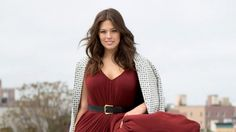 Ashley Graham is inspiring women to opt for sexy plus size outfits at its best. Take a look: Plus Size Tunic Dress, Plus Size Shorts, Plus Size Outfits, Tunic Dresses, Plus Size Boutique Clothing, Plus Size Womens Clothing, Womens Fashion Australia, Dresser, Plus Size Fashion Blog