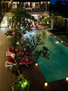 Lxuury Beachfront Villa in Seminyak, Bali. | info@affittabali.com | AFFITTABALI.COM