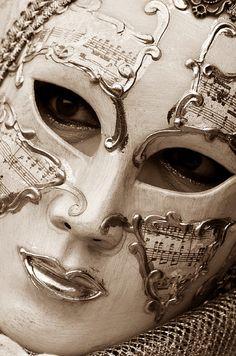 Venice Carnival 2012 by Nunzio Fracalanza Venetian Carnival Masks, Carnival Of Venice, Venetian Masquerade, Venice Carnivale, Masquerade Masks, Venitian Mask, Costume Venitien, Venice Mask, Beautiful Mask